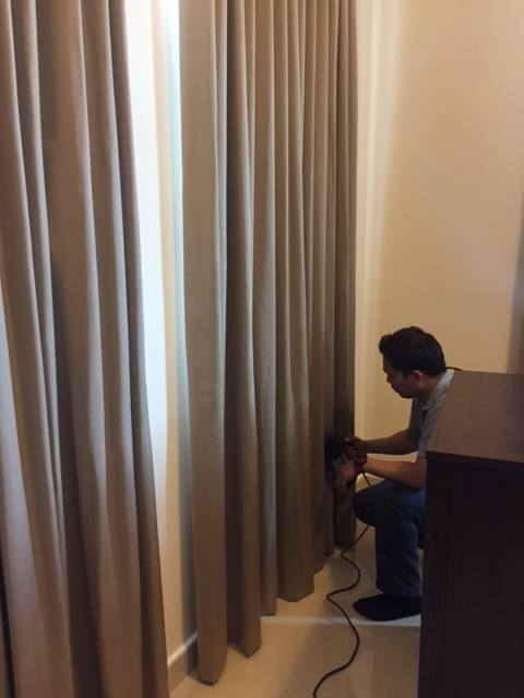 How to eliminate Creases and achieve the Pleats of your Curtains